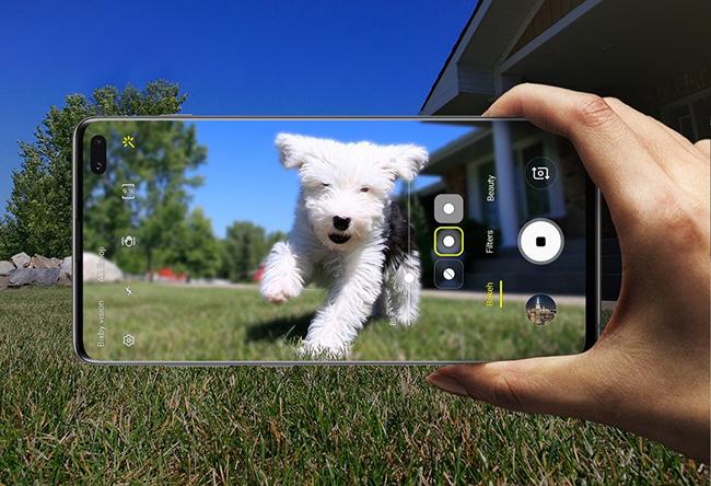 Samsung A80 intro